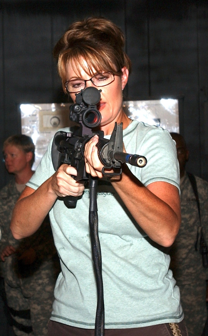 Sarah_Palin_with_rifle_(cropped)
