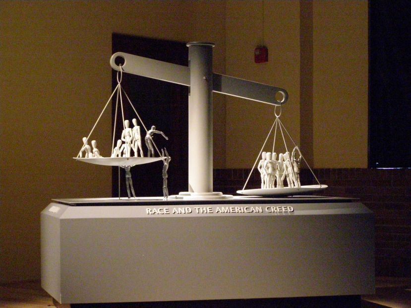 Scale_of_Justice_P7270423.jpg